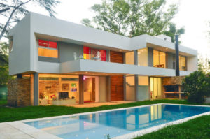 We design and build beautiful houses